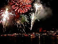 Firework near Boppard, Rhine river, Germany, 2000-09-30-09-boppard-200, © 2000 WHO